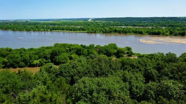 Platte River: Mahoney State Park
